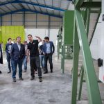 Fernández Vara visita la empresa Green Pearl, Nuevos Cultivos